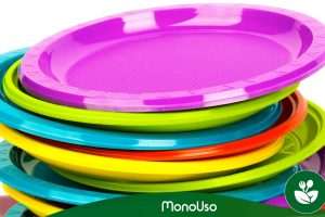 Types of disposable plates