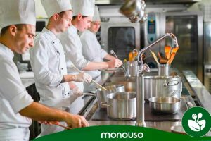 Kitchen cleaning: how to maintain hygiene in your professional kitchen